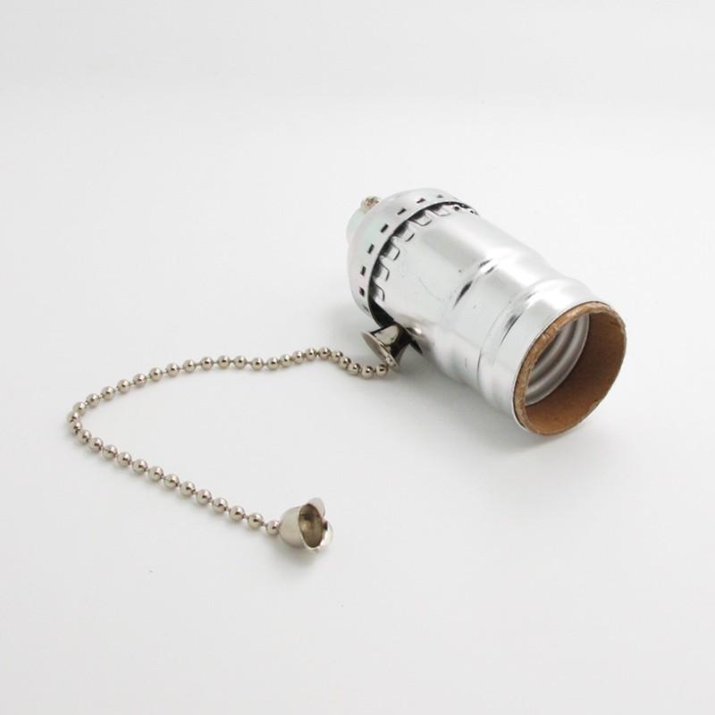 e27 aluminium lampenfassung mit zugschalter in silber. Black Bedroom Furniture Sets. Home Design Ideas