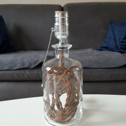 Upcycling Flaschen Lampe Braun (geknüpft)